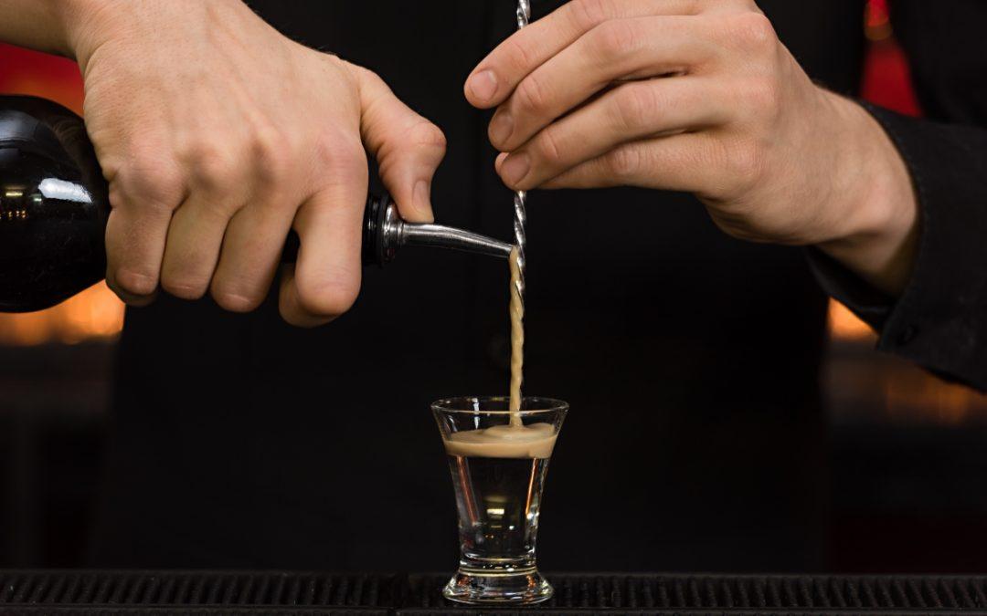 Use a bar spoon like a professional…